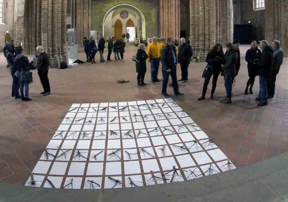 """Fotorevue 283 – LABIRYNT  (2014) """"Festival nového umění"""""""