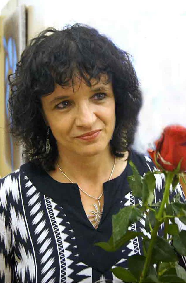 """Fotorevue 328 – Lucie Staňková (20+20+10) """"Kroužení"""""""